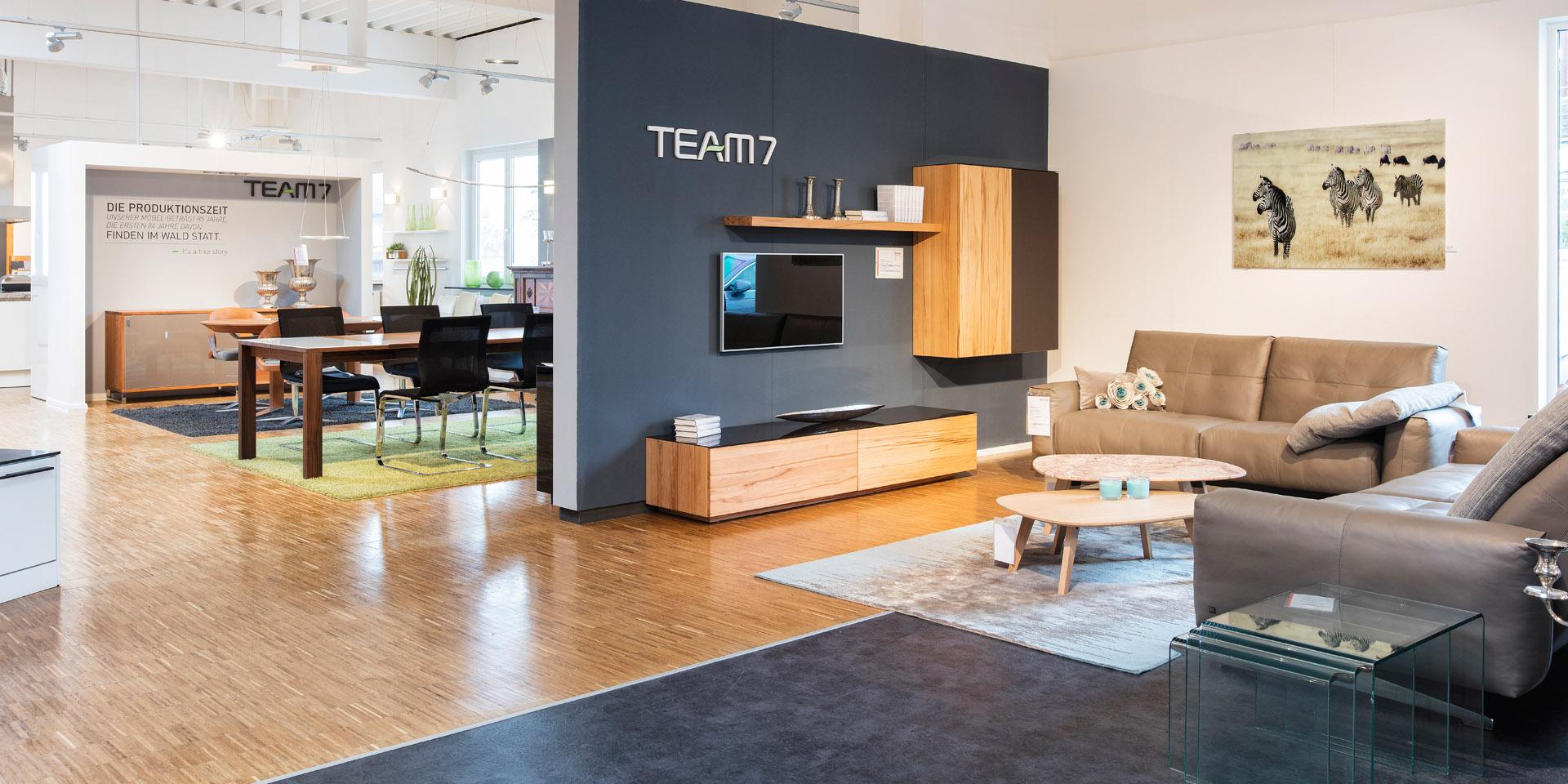 wohnen wohnzimmer polsterm bel sofas sessel wandschrank regale fenchel wohnfaszination gmbh. Black Bedroom Furniture Sets. Home Design Ideas